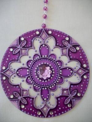 """""""MANDALA PORTAL VIOLETA: Esta mandala es ideal para lugares de meditaci�n. Violeta significa la espiritualidad y la intuici�n, por lo que es un color que simboliza el mundo metaf�sico. Como Portal Violet, este mandala sugiere inspiraci�n espiritual y nos conecta con la Energ�a C�smica. Excelente para la limpieza y la curaci�n de los niveles f�sicos, emocionales y mentales. by SusyBalbis"""