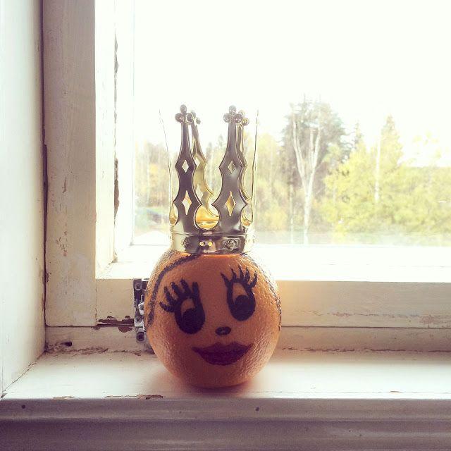 Orangella 👑