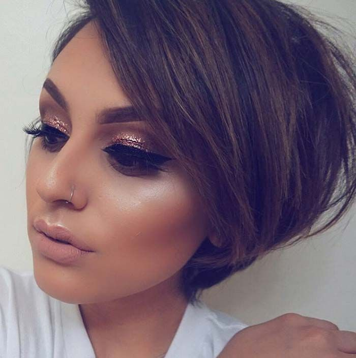 Short Hairstyles for Women: Short Stacked Bob