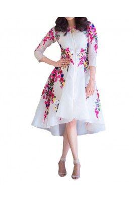 Look graceful and stunning in this white coloured floral printed semi stitched kurti #floralprintedkurti #Alinekurti #kurtionline #onlinegeorgettekurti #womensfashion #latestkurti #kurtiforwomens Shop now-  https://trendybharat.com/offer-zone/offer-alert/independence-day-sale/white-semi-stitched-kurti-k1023