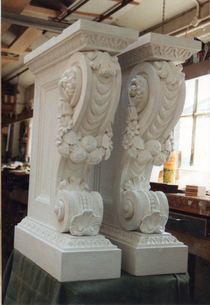 Legs fully assembled and painted. - console table painted hampton court palace