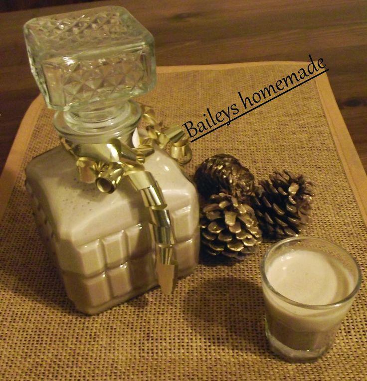 L'emporio 21: Fatto in casa   Baileys homemade (da CupCake Project)  1 tazza di panna fresca da montare (150\170 ml) 400 gr latte condensato(vedi ricetta QUI) 160 ml whiskey irlandese 1 cucchiaino raso di caffè solubile 2 cucchiai di sciroppo di cioccolato (vedi ricetta QUI) 1 cucchiaino di vaniglia (estratto) (io non l'ho messo)