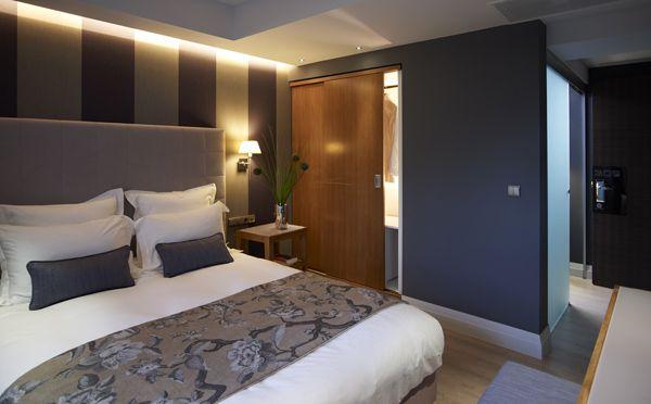 Deluxe #room #hotel The Y Hotel