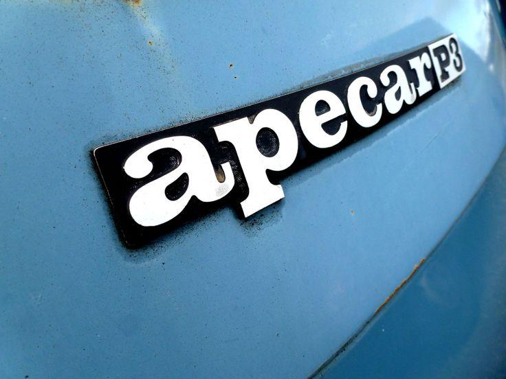 Piaggio Apecar Emblem #Piaggio #Apecar #Ape #Piaggioape #Vespacar