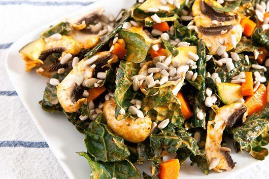 Smoked Kale Salad, loove kale!Salad Vegan, Kale Salads, Yummy Kale, Food, Vegan Creamy, Oatmeal Recipe, Creamy Smoke, Smoke Kale, Vegetables Salad