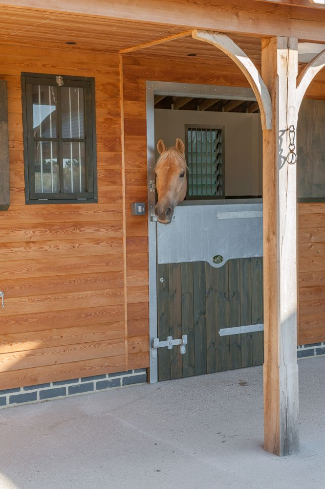 Stables perfectly matched to your horse!