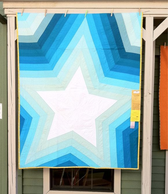 I love stars and this is so simple/mod, and almost chevrons!