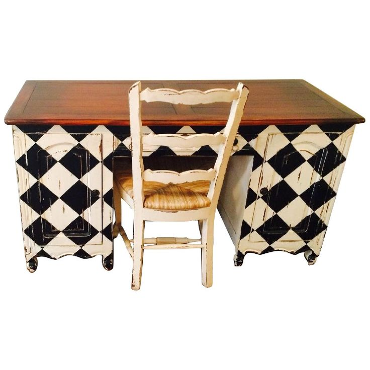 Platypus Desk And End Table Set With Checkerboard Design In Black And White