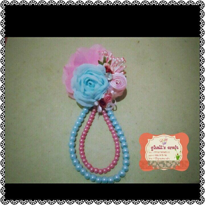 Bloomy pearl brooch