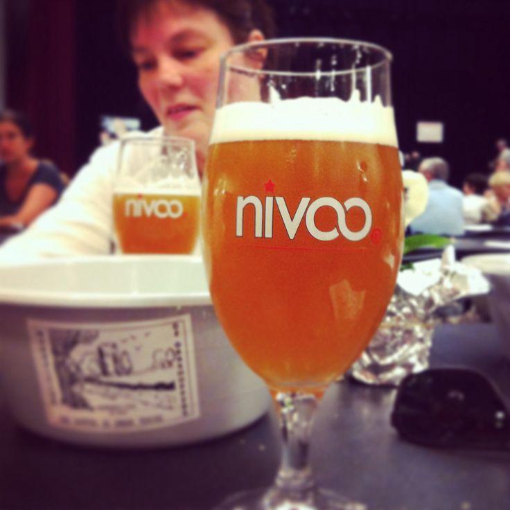 Streekbier Nivoo, gedronken in Scherpenheuvel