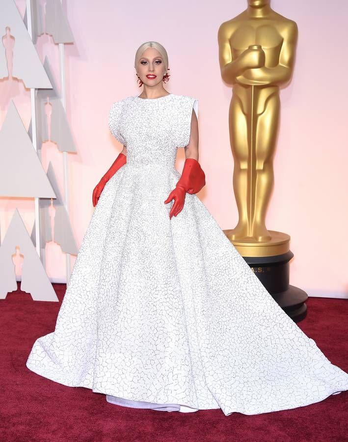 Lady Gaga en Azzedine Alaia aux Oscars