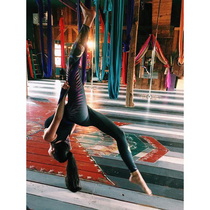 #yoga #aerialyoga #aerialsilks #antigravityyoga