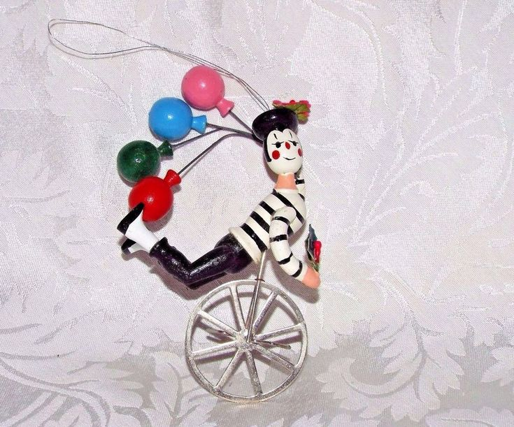 FRENCH MIME ON UNICYCLE TREE ORNAMENT, Black & White Clown Balloon & Holly #UNKNOWN