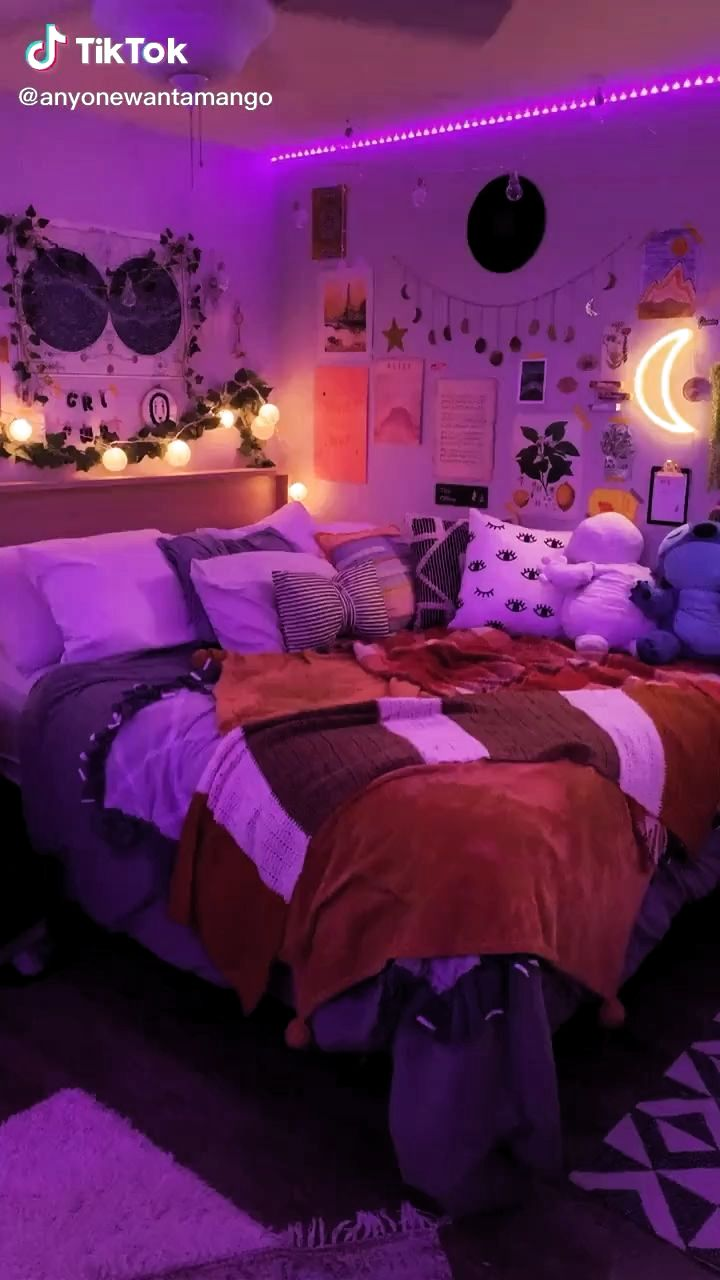 bedroom aesthetic#aesthetic #bedroom in 2020 (With images ...