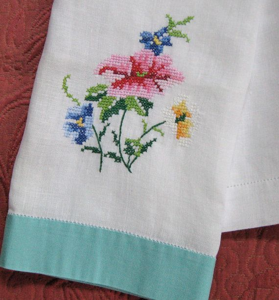 Vintage Cross Stich Linen HAND TOWEL 1940s by vintagous on Etsy, $8.50