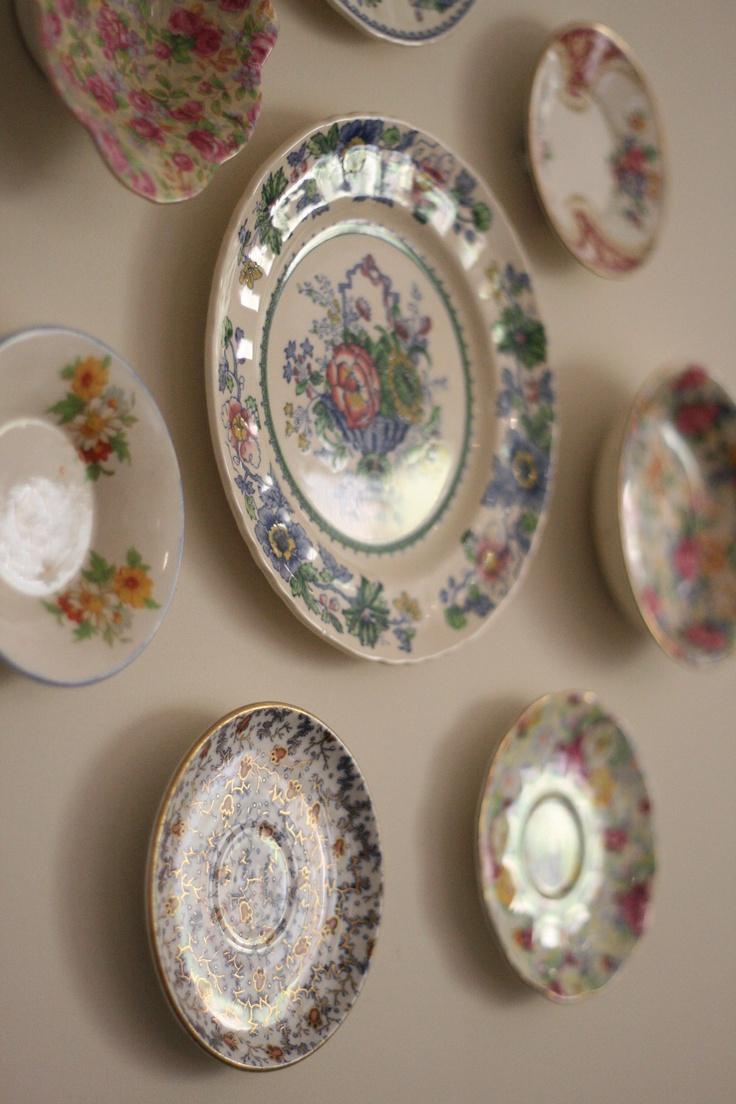 I love lots of antique and vintage porcelain.