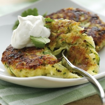 Zucchini FrittersOlive Oil, Side Dishes, Totally Greek, Zucchini Fritters, Healthy Tips, Fage Totally, Dinner Tonight, Zucchini Cake, Greek Yogurt