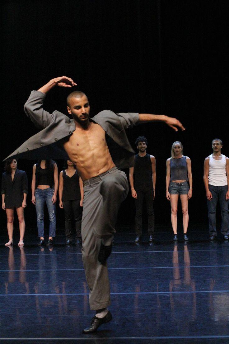 Rock N Roll A Grenoble Danseur Contemporain Danseurs Masculins Danseurs Noirs