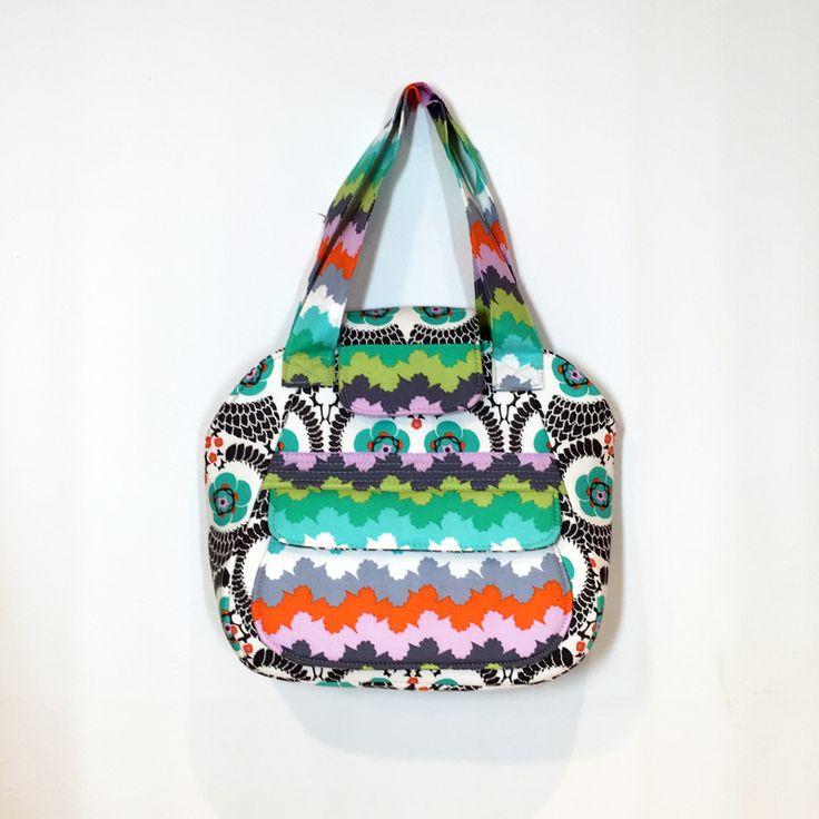 Spring Fling Handbag / purse: Free PDF Pattern + Tutorial / sewing / quilting / Anleitung / Schnittmuster / Freebie / Freebook / kostenlos / nähen / Handtasche / kleine Tasche / Handtäschchen