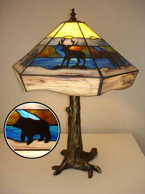 Rustieke gebrandschilderd glas tiffany lamp cabine tabelstijl verlichting brons boom basis waterval moose Beer Fancy bruiloft aanwezig Collector
