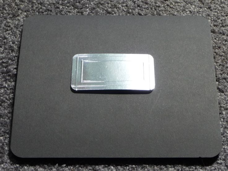 Laptop card closed