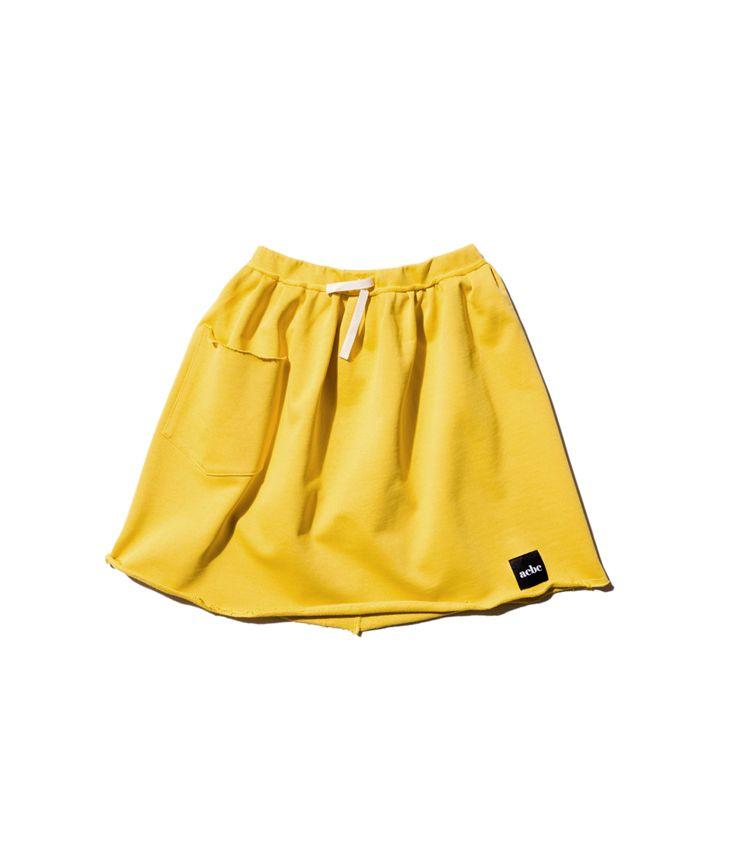 Large pocket skirt