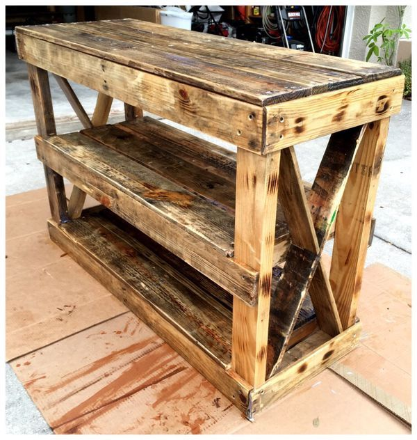 Pallet Wood Table for Sale in Tampa, FL in 2020 | Wood ...
