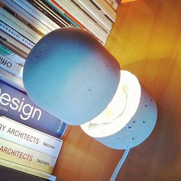 https://flic.kr/p/QuDAiA | Concrete lamp by Giovanni Cardinale Designer