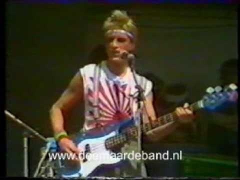 Doe Maar - Smoorverliefd (Pinkpop 1982)