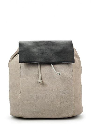 Рюкзак Mango выполнен из натуральной кожи серого цвета. Детали: кулиска, застежка на магнит, один внутренний карман на молнии.