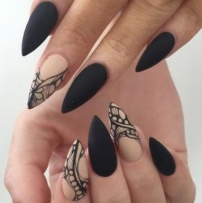 Stiletto nails KorTeN StEiN☻...