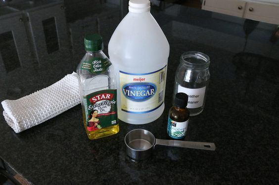 how to clean leather car seats vinegar