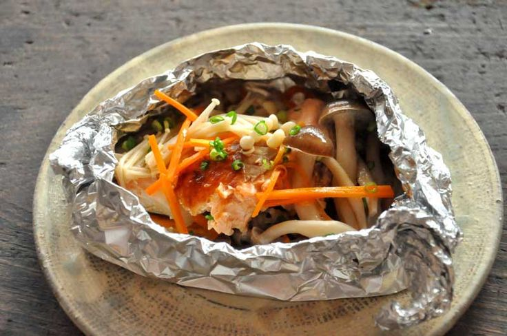 鮭のホイル焼き/フライパンで簡単レシピ作り方  ©白ごはん.com  #お弁当
