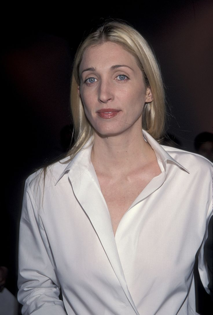 Inside The Passionate Marriage Of Jfk Jr And Carolyn Bessette Kennedy