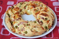 Angelica salata - L'angelica salata è la versione rustica della torta Angelica delle sorelle simili che vi ho proposto qualche tempo fa. Anche nella versione salata,questa