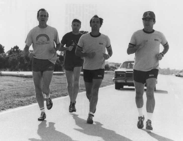 The STS-1 crew jogs with Vice-President Bush and his security detail, 1981.
