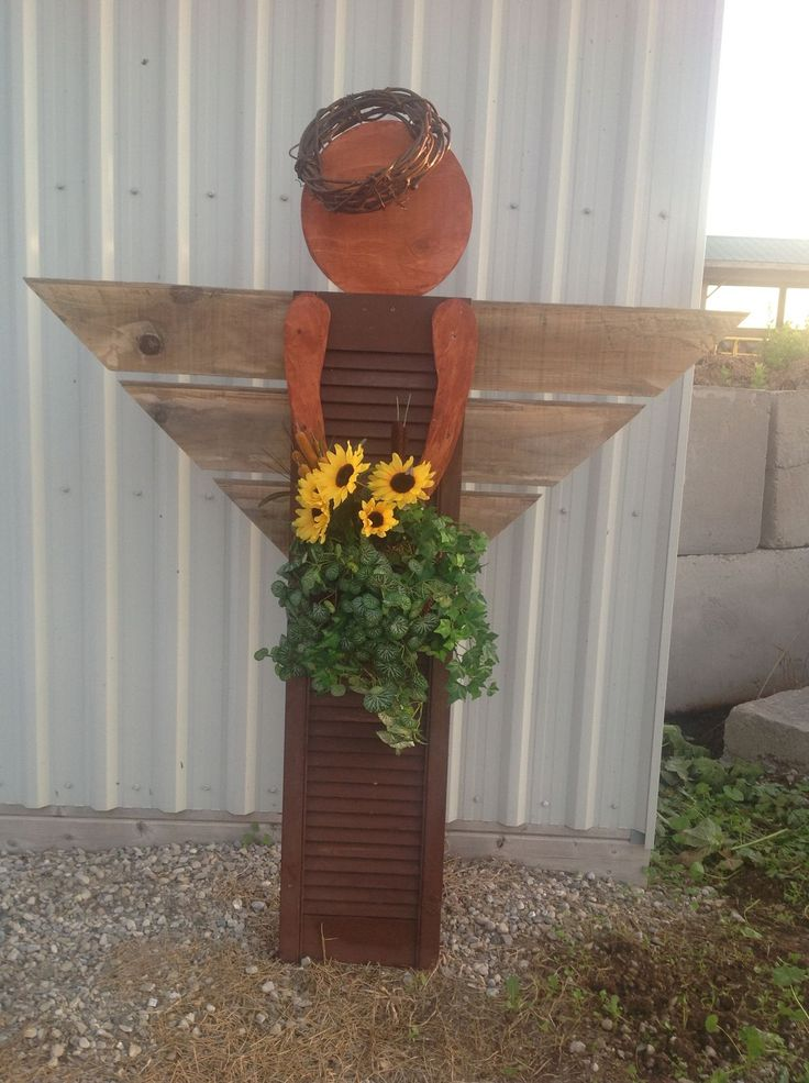 9 best angel made from shutters images on Pinterest | Wood ...