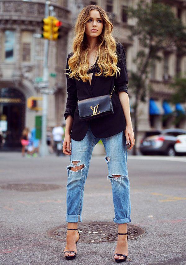 kristina bazan look destroyed jeans blazer