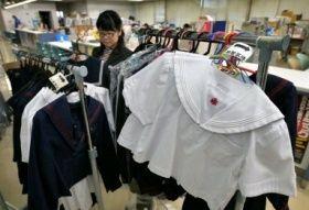 いま、学校で(2) 制服買えず入学式欠席