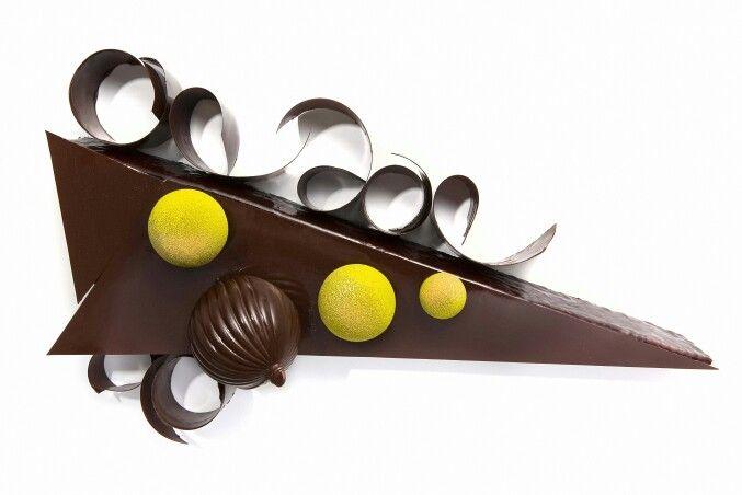 Bûche de Noël, mangue et chocolat noir