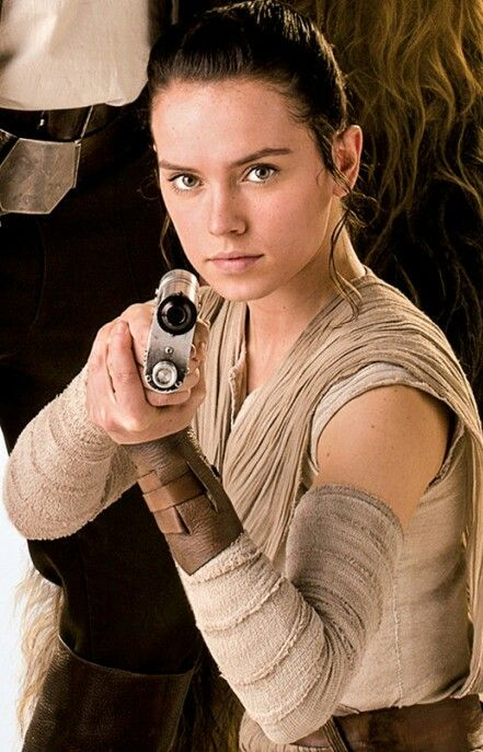 Daisy Ridler as Rey & her blaster - has a lot of the appeal I imagine Cinder would.