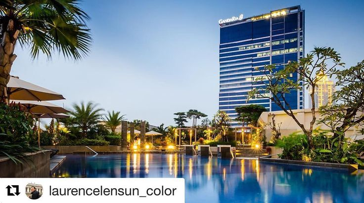 Best view from our swimming pool Stay and book now at Sheraton Grand Jakarta Gandaria city hotel  #Repost @laurencelensun_color (@get_repost)  Sheraton Grand Jakarta #sheratongrand #sheratongrandjakarta #gandariacity #gandariacityhotel #gancit #jakarta #sheratongandariajakarta #swimmingpool