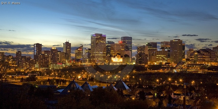 Edmonton, AB at sunset. In recent years the city's core has seen huge improvements and the level of economic and cultural activity is obvious with the opening of many new restaurants, retailers, night clubs and lounges in the district. Residential development in the downtown is also on the increase, along with new and refurbished artistic and educational facilities.