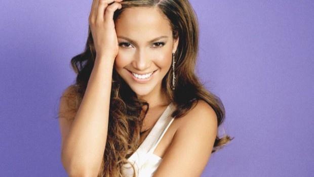 NEW SONGS: Jennifer Lopez, Depeche Mode, Skillet, Kellie Pickler, etc. - www.pauseandplay.com/new-songs-jennifer-lopez-depeche-mode-skillet-kellie-pickler-etc