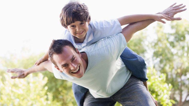 Чтобы стать для своих же детей своим человеком, недостаточно быть для них родным отцом. Нужно, чтобы они – папа, мама с детьми – жили вместе как друзья. Ребенок растет, он становится подростком, и …