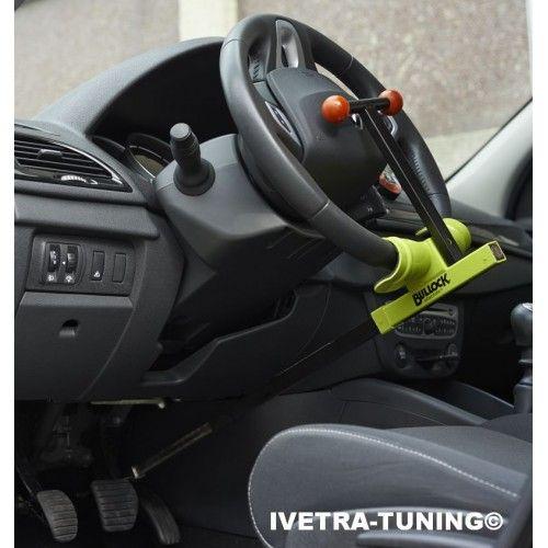 BULLOCK ABSOLUTE  Universeel stuurslot/pedaalslot. Klemt 1 pedaal vast aan het stuur. Bescherming tegen diefstal van uw auto. Bescherming tegen diefstal van uw airbag.