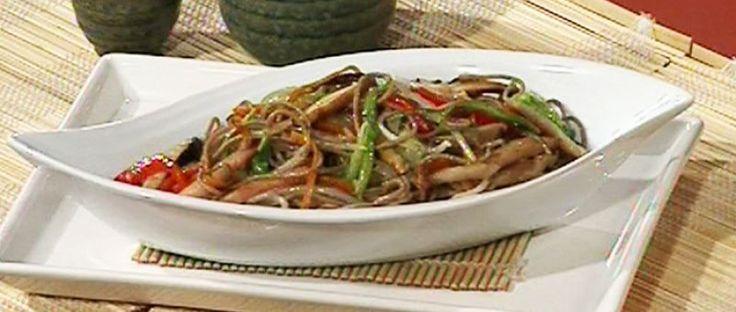 Pasta soba y vegetales al wok