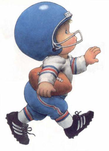menino jogando futebol americano