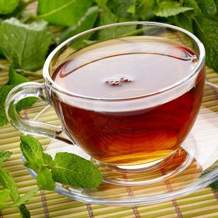 Spearmint tea lowers testosterone levels in women with #PCOS. Find out more at www.pcosdietsupport.com