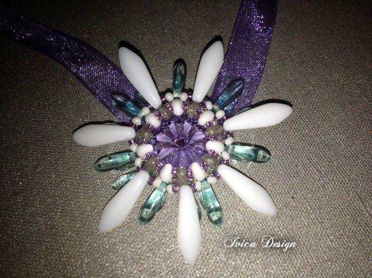 Lili-flower pendant <3 https://www.facebook.com/IvicaDesign/photos/a.427710167317624.1073741833.427659593989348/1200222486733051/?type=3&theater Pattern: My head :-D Follow me on my facebook page: https://www.facebook.com/IvicaDesign/?ref=bookmarks  Buy my jewellry on: https://porteka.com/hu/ivica